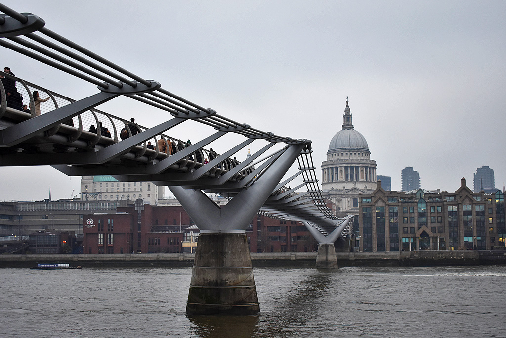 Londen Millennium Bridge
